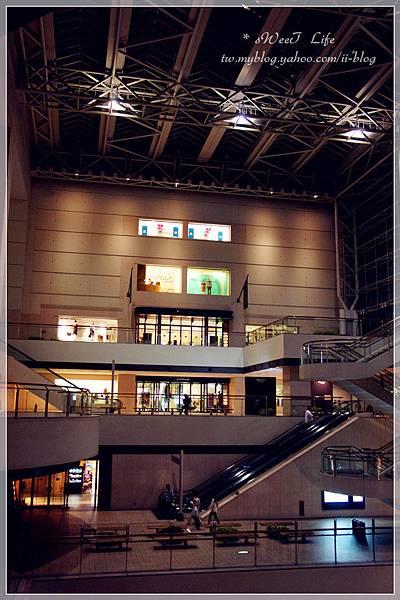 橫濱-皇后廣場 (1).JPG