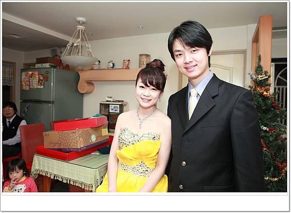 1010310訂婚花絮 (27).JPG