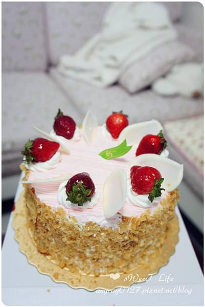 2014生日蛋糕^^ (2).JPG