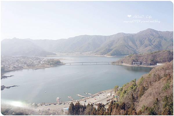 搭天上山纜車遠眺富士山 (1).JPG