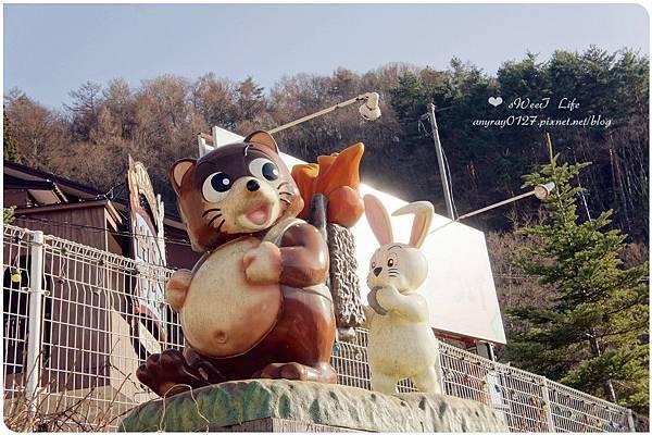 搭天上山纜車遠眺富士山 (27).JPG
