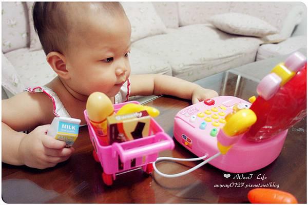 玩具-蘋果造型收銀機 (1).JPG