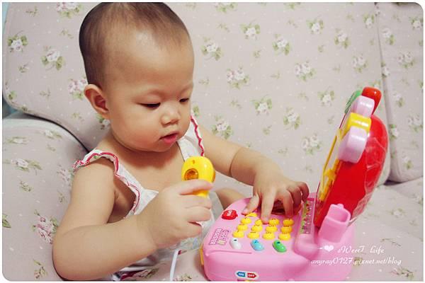 玩具-蘋果造型收銀機 (20).JPG