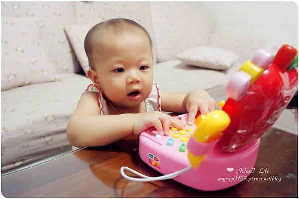 玩具-蘋果造型收銀機 (22).JPG