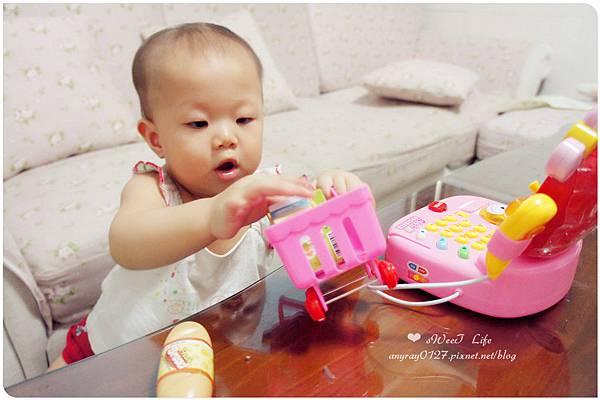 玩具-蘋果造型收銀機 (25).JPG