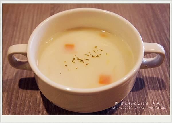 台北-486 CAFE (3).JPG