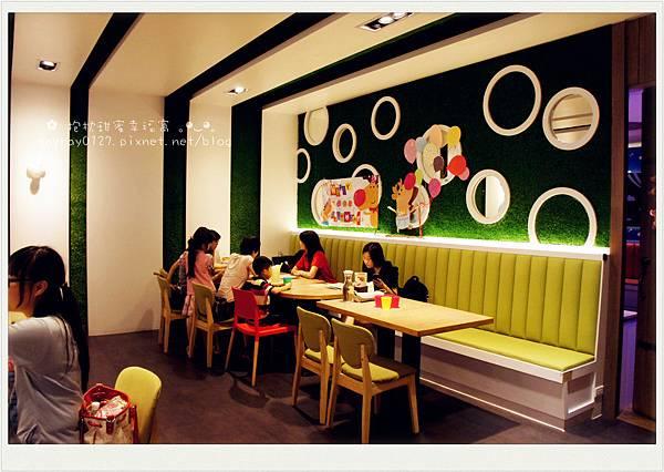 高雄-小岩井Family親子餐廳 (58).JPG