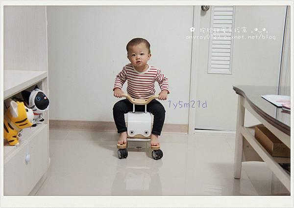 三合一搖搖馬 (39).JPG