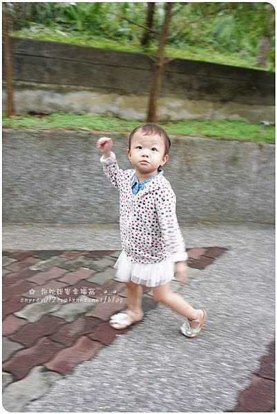 晴晴初遊木柵動物園 (12).JPG