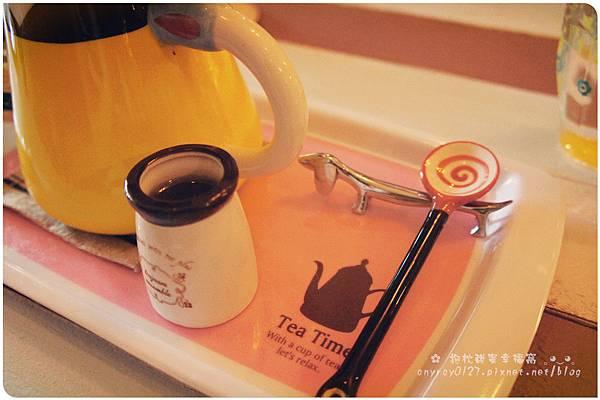 Petit Tuz (小兔子鄉村輕食雜貨鋪) (2).JPG