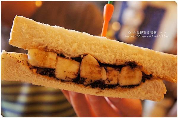 Petit Tuz (小兔子鄉村輕食雜貨鋪) (20).JPG