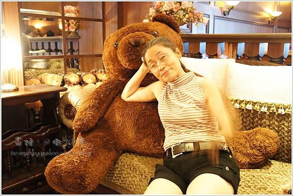 抱枕媽媽-高雄。9街10號法式餐廳(2).JPG