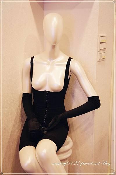 體驗-赫本塑身衣 (9).JPG