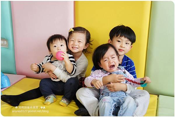 抱枕甜蜜幸福窩 (12).JPG