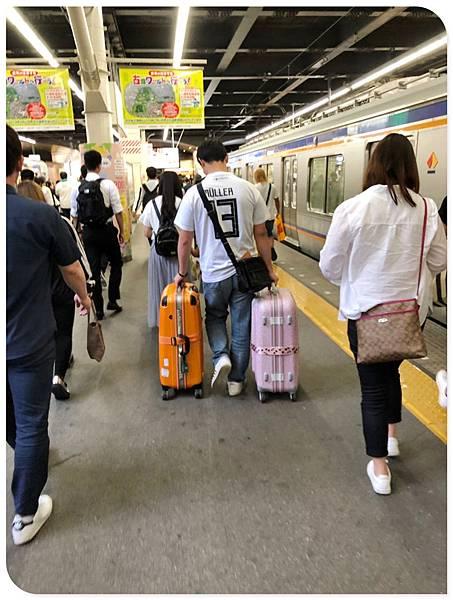 阪奈親子遊-搭機 (36).jpg