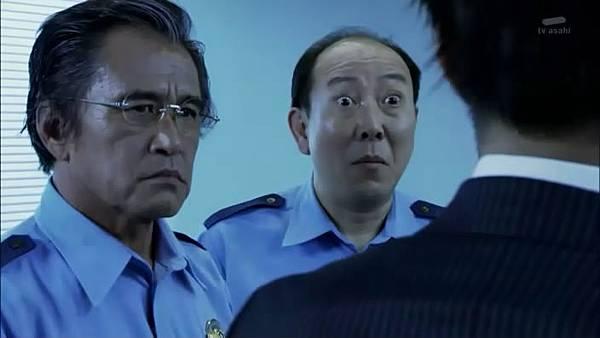 相棒12ep01-刑事部部長與參事官