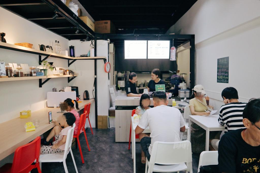 樸 Plain Cafe
