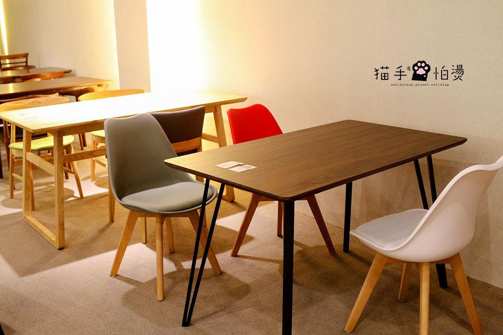 餐桌椅-1a.jpg