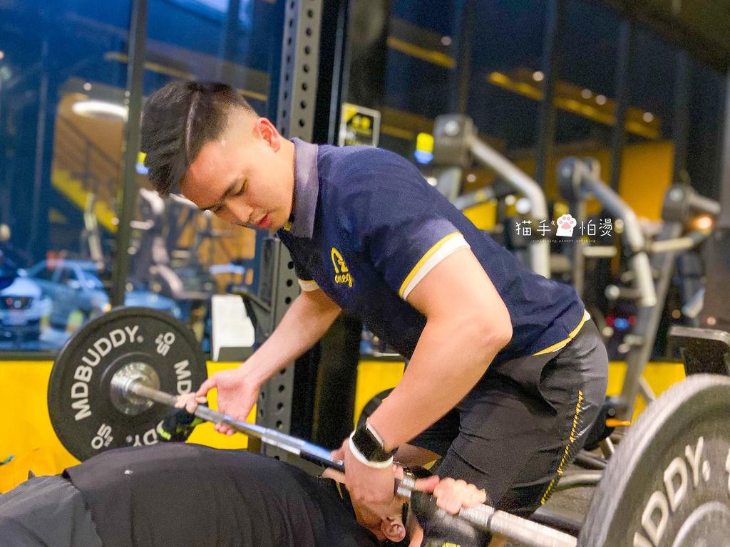 員林健身|奧美伽健身會館OMEGA 一對一健身指導 想要減肥減脂運動找Allen 讓運動成為一件美好的事