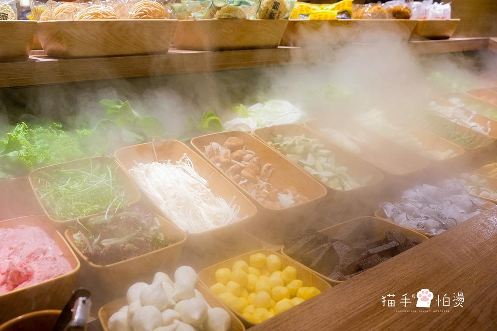 台中美食 | 有之和牛大里店 日本頂級和牛吃到飽、澳洲和牛吃到飽,超狂蔬菜吧、Hershey's巧克力冰沙、明治冰淇淋任你吃!