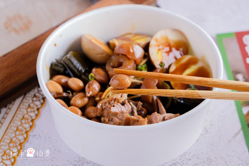 台中美食 |曾响號 南區美食 台灣傳統美味 從煲湯、滷味到便當帶給你滿滿的古早味,不容錯過的美味湯品!
