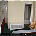 美國ILSC舊金山校區住宿選擇Vantaggio Suites Cosmo5.png