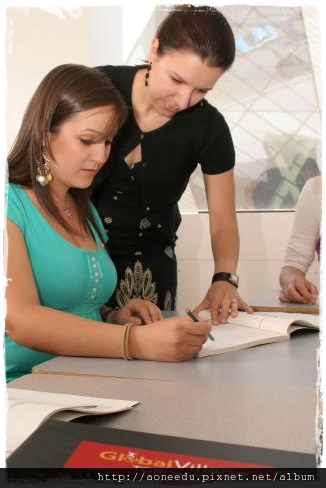 加拿大Global Village(GV)語言學校Toronoto多倫多校區4.png