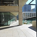 N.Y., Juilliard School, NY The walkway between the dormitory and the school building.jpg