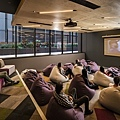 brisbane_student_apartments_multi_media_cinema_room.jpg