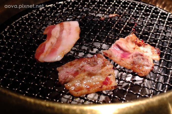2本格燒肉18