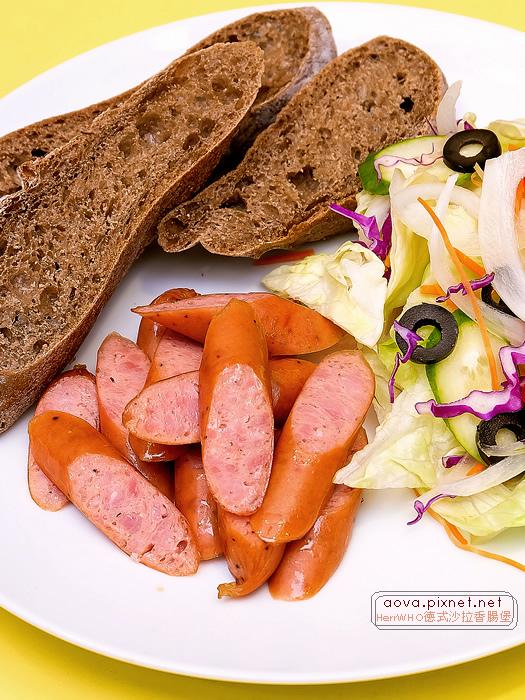 HerrWHO德式沙拉香腸麵包08.jpg
