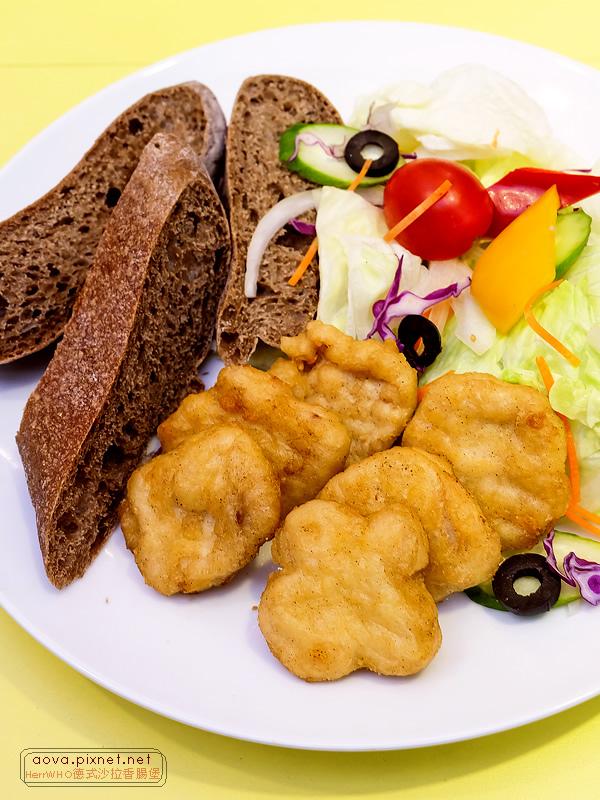 HerrWHO德式沙拉香腸麵包13.jpg