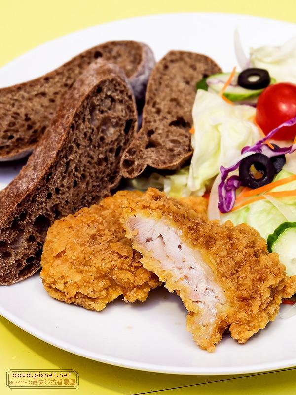 HerrWHO德式沙拉香腸麵包12.jpg