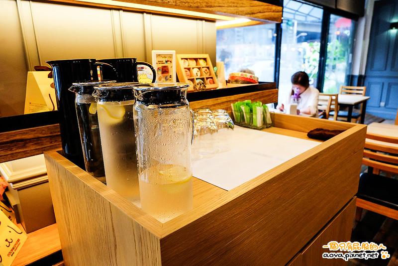 雅蒙蒂Amandier Cafe 06.jpg