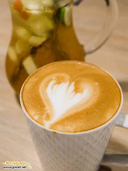 雅蒙蒂Amandier Cafe 35.jpg