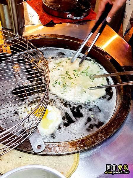 公館東南亞秀泰 脆皮蔥油餅好吃05.jpg