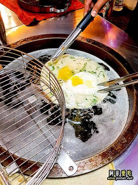 公館東南亞秀泰 脆皮蔥油餅好吃06.jpg