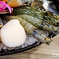 十二籃粥火鍋 台北逸仙店09.jpg