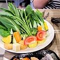 十二籃粥火鍋 台北逸仙店20.jpg