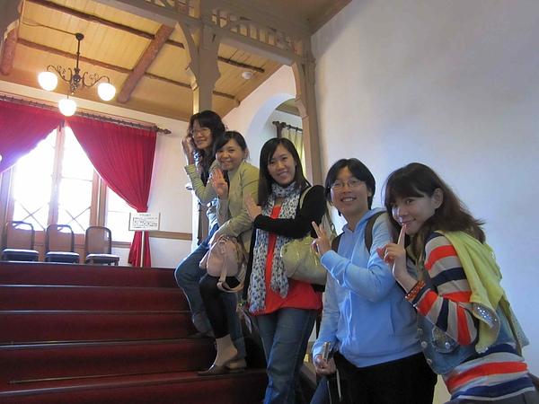 IMG_2459看不出我們在日本合照吧!XD.JPG