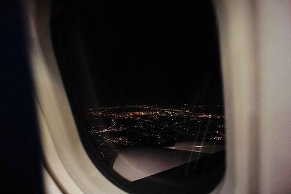1215-機上夜景.JPG