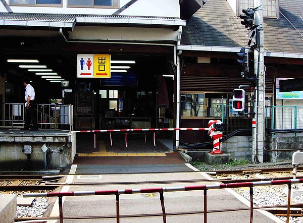 0914-34江之島站.JPG