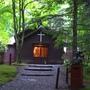 IMG_5124走錯路了..但幸好發現的早.也意外走到輕井澤最早的教堂 --蕭(Shaw) 紀念教堂,紀念最早發現輕井澤的加拿大牧師 Alexander Croft Shaw.JPG