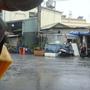 才剛坐下歇息..就下大雨了.jpg
