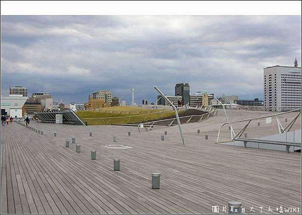 Yokohama_osanbashi_20061210_副本.jpg