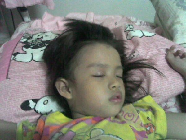 睡覺的玲玲寶貝