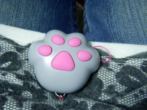 無聊買的貓咪肉球 會發出貓叫聲