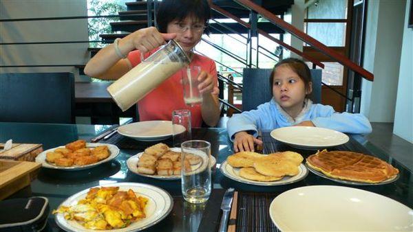 民宿的豐盛早餐