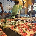 Pizza_al_taglio.jpg