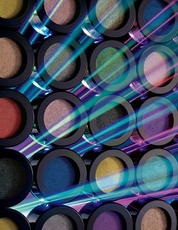 動感電光眼影產品主視覺